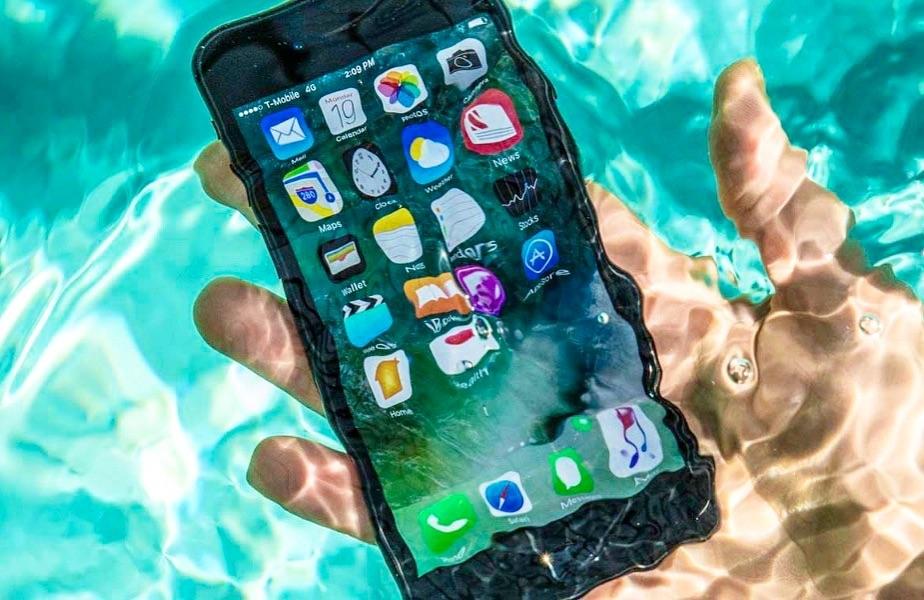 Xiaomi mi 8 упал в воду что делать