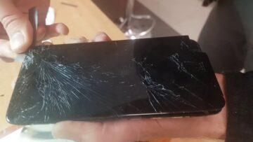 Треснуло стекло Xiaomi redmi note 5 - Что делать?