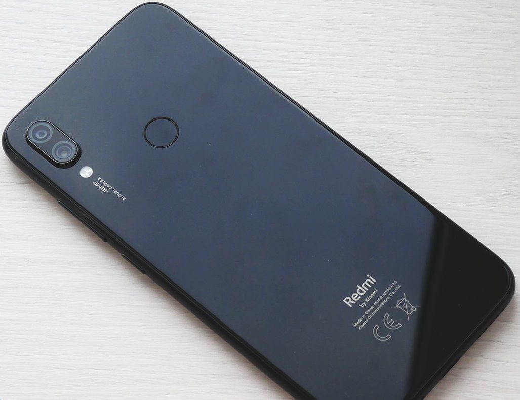 Xiaomi redmi note 7 не включается горит красный индикатор