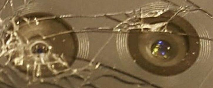 Разбилось стекло на камере Xiaomi