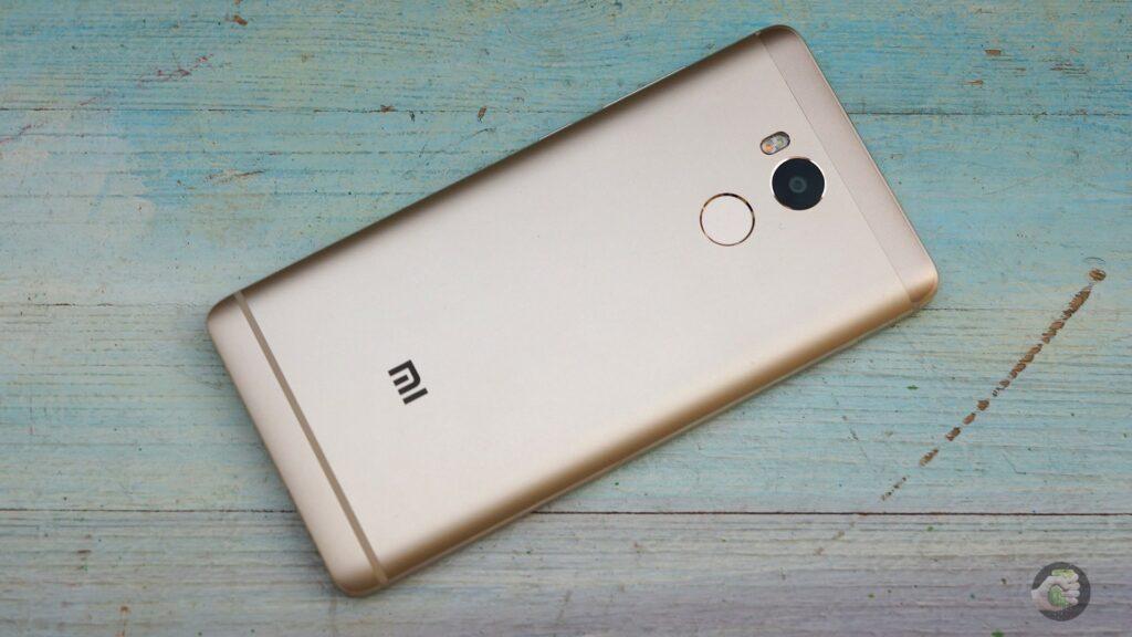 Xiaomi redmi 4 не реагирует на кнопки - не включается